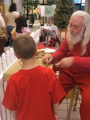 2nd_visit_with_workshop_santa_2006_008