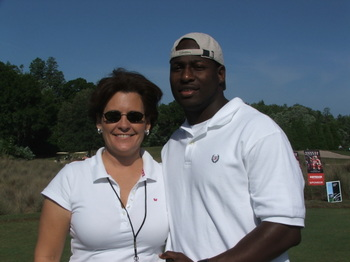 Derrick_brooks_gold_tourn_tampa_buc_may_