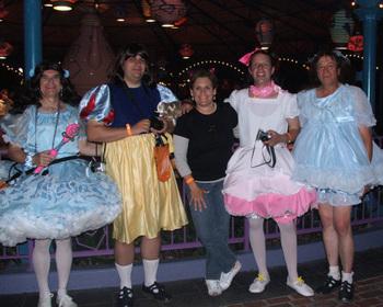 Disney_halloween_party_animal_kingdom_po_2